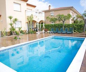 Villa   Alcanar para 9 personas con piscina privada p0