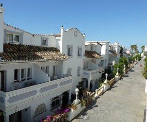 Villa   Mijas para 8 personas con piscina comunitaria p2