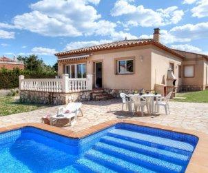 Villa   Ametlla de Mar para 12 personas con piscina privada p0