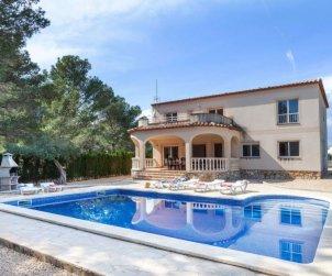Villa   Ametlla de Mar para 17 personas con piscina privada p0