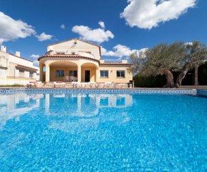 Villa   Ametlla de Mar para 11 personas con piscina privada p1