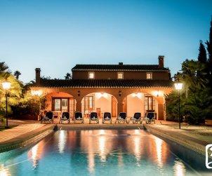 Villa   Benissa para 11 personas con piscina privada y internet p2