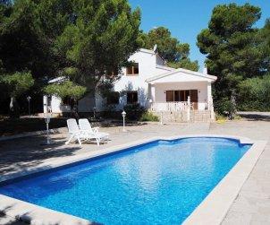Villa   Ametlla de Mar para 12 personas con piscina privada, internet y cerca del mar p0
