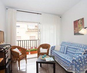 Apartamento   Sant Pol de Mar para 4 personas con lavavajillas p0