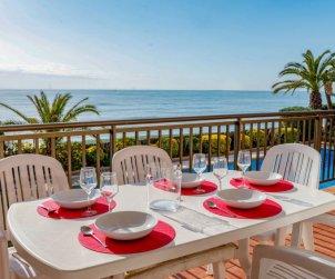Apartamento   Sant Andreu de Llavaneres para 5 personas con piscina comunitaria p0