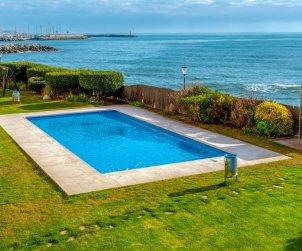 Apartamento   Sant Andreu de Llavaneres para 5 personas con piscina comunitaria p1
