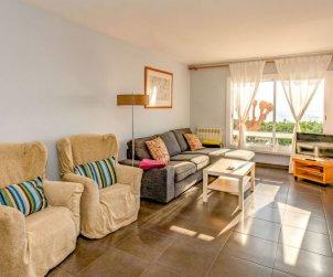 Apartamento   Sant Andreu de Llavaneres para 5 personas con piscina comunitaria p2