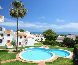 Villa   Alcoceber para 6 personas con piscina comunitaria p0
