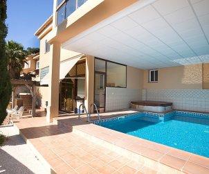 Apartamento   Calpe para 6 personas con piscina privada p0