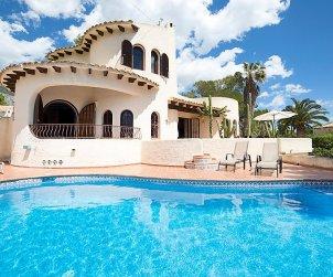 Villa   Altea para 4 personas con piscina privada p0