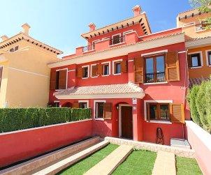 Villa   Benidorm para 6 personas con piscina comunitaria p1