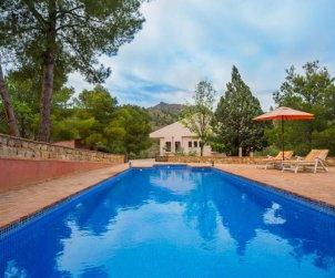 Villa   Totana para 7 personas con piscina privada p0