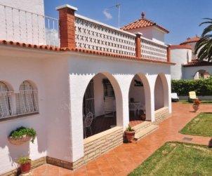 Villa   Cambrils para 8 personas con aparcamiento en la propiedad p2