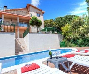 Villa   Lloret del Mar para 10 personas con piscina privada p0