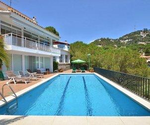 Villa   Lloret del Mar para 6 personas con piscina privada p1