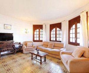 Villa   L'Escala para 6 personas con piscina privada p1