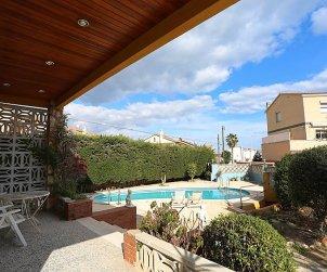 Villa   Torredembarra para 8 personas con piscina privada p2
