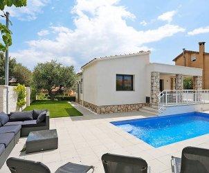 Villa   Cambrils para 6 personas con piscina privada p0