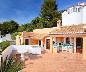 Villa   Moraira para 6 personas con piscina privada p2