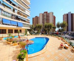 Apartamento   Benidorm para 6 personas con piscina comunitaria p0