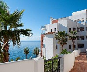 Apartamento   Torrox Costa para 6 personas con piscina privada p0