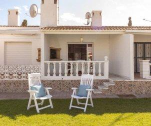Villa   Deltebre  -  Riumar para 6 personas con piscina comunitaria p0