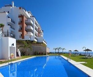 Apartamento   Torrox Costa para 2 personas con piscina comunitaria p2
