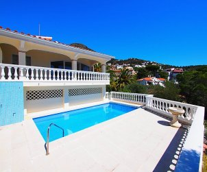 Villa   Rosas para 10 personas con piscina privada p0