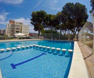 Apartamento   L'Estartit para 8 personas con piscina comunitaria y cerca del mar p1