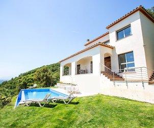 Villa   Sta Cristina d'Aro para 8 personas con piscina privada p0