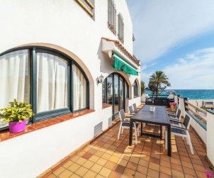 Villa   Lloret del Mar para 10 personas con panorámicas al mar p1