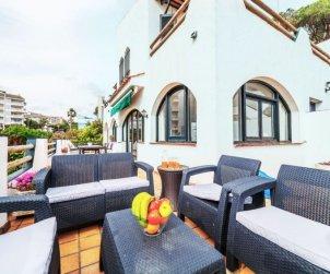 Villa   Lloret del Mar para 10 personas con panorámicas al mar p2