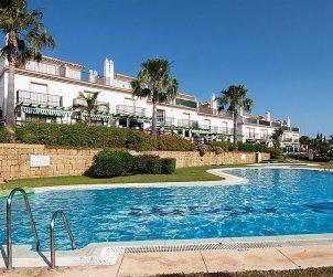 Villa   Marbella para 6 personas con piscina comunitaria p0
