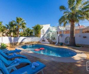 Villa   Calpe para 8 personas con piscina privada y aere acondicionado p2