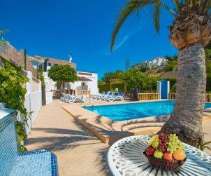 Villa   Benissa para 15 personas con piscina privada, vista mar y Wifi p2