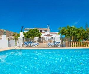 Villa   Benissa para 15 personas con piscina privada, vista mar y Wifi p1