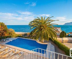 Villa   Benissa para 8 personas con piscina privada y vista mar p0
