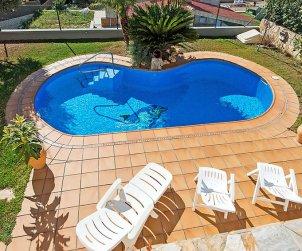 Villa   Segur de Calafell para 8 personas con piscina privada p1