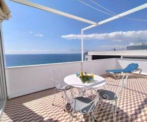 Apartamento   Benidorm para 4 personas con panorámicas vista mar p0