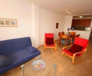 Apartamento   Empuriabrava para 7 personas con piscina comunitaria, vista mar y aere acondicionado p2