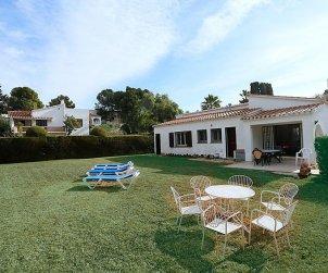 Villa   Cambrils para 8 personas con piscina comunitaria p1