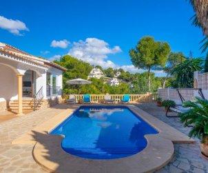 Villa   Moraira para 5 personas con piscina privada p0