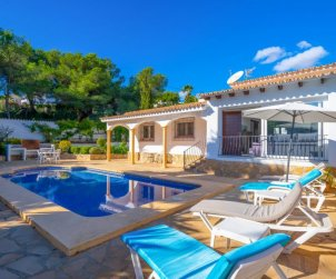Villa   Moraira para 5 personas con piscina privada p2