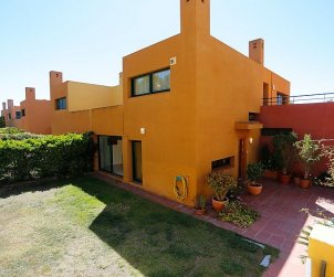 Villa   Torredembarra para 6 personas con piscina comunitaria p0