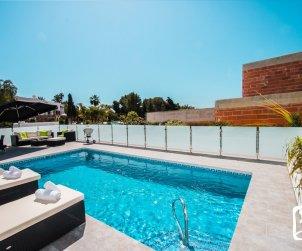 Villa moderna   Calpe para 6 personas con piscina privada y vista mar p1