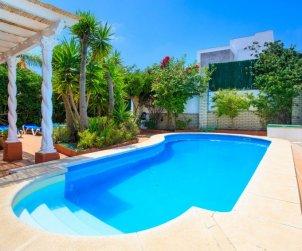 Villa   Nerja para 11 personas con piscina privada p0