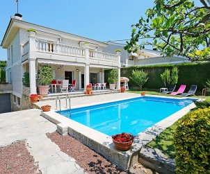 Villa   Cambrils para 12 personas con piscina privada p2