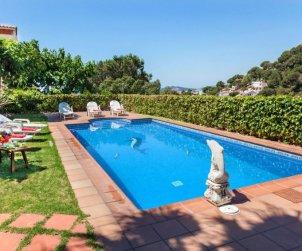 Villa   Lloret del Mar para 15 personas con piscina privada p0
