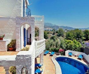 Villa   Nerja para 9 personas con piscina privada p0
