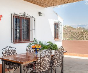 Villa   Nerja para 4 personas con piscina privada p2